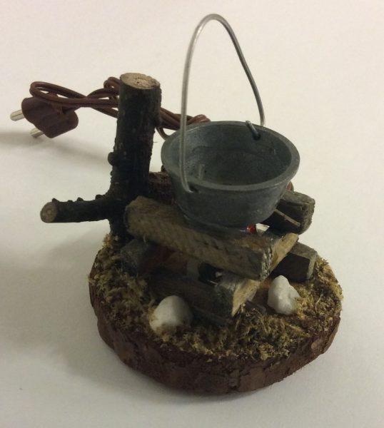 Feuerstelle mit Eimer